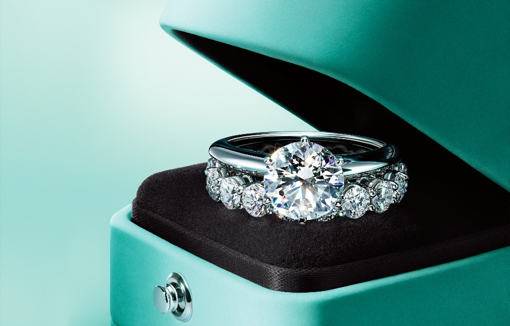 TOP 10 Most Luxurious Jewelry Brands – Part 1
