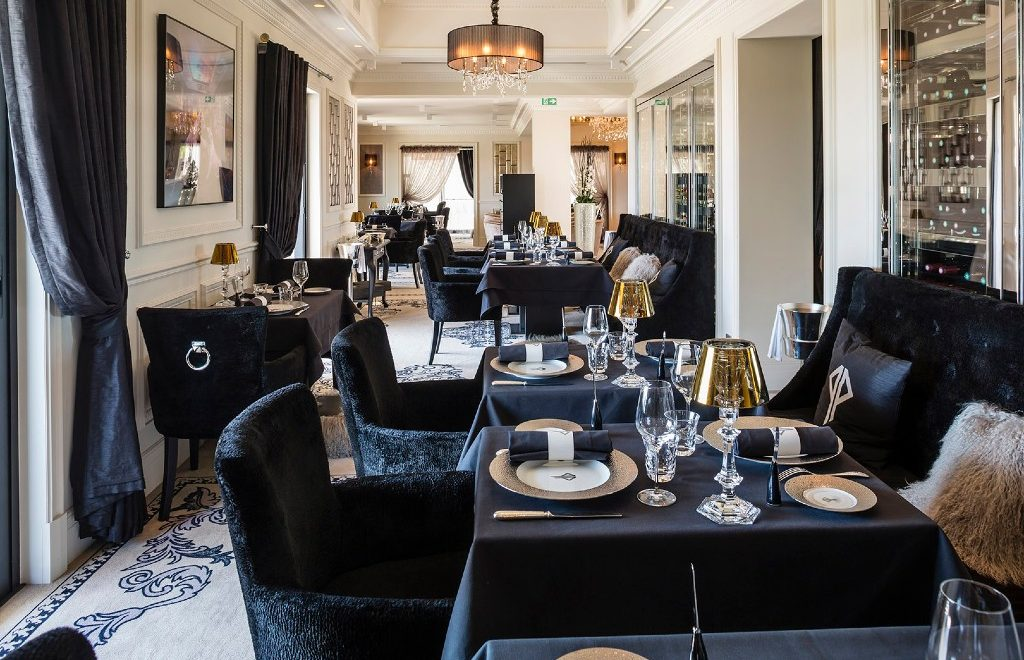 Top 5 Most Luxury Restaurants in Cannes