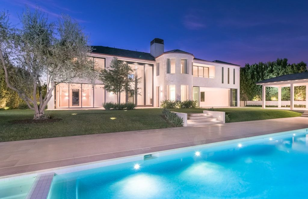 Real Estate: Keep Up With All These Kardashians Luxury Homes