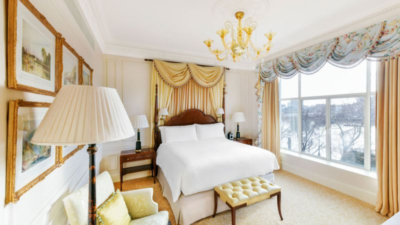 British Luxury Hotels: Discover Where To Stay In London luxury hotels British Luxury Hotels: Discover Where To Stay In London British Luxury Hotels Discover Where To Stay In London The Savoy 1