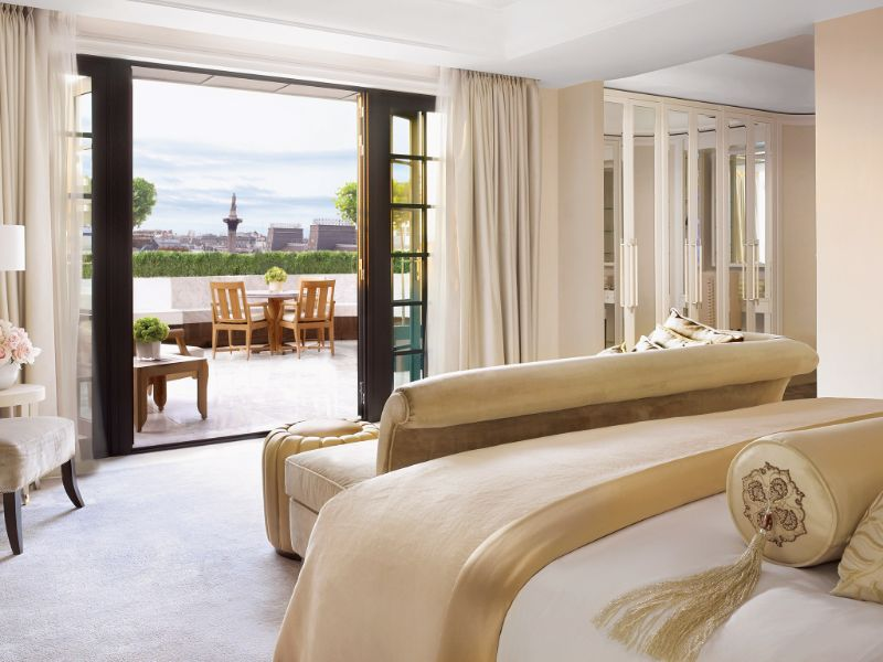 British Luxury Hotels: Discover Where To Stay In London luxury hotels British Luxury Hotels: Discover Where To Stay In London Corinthia Hotel London 2