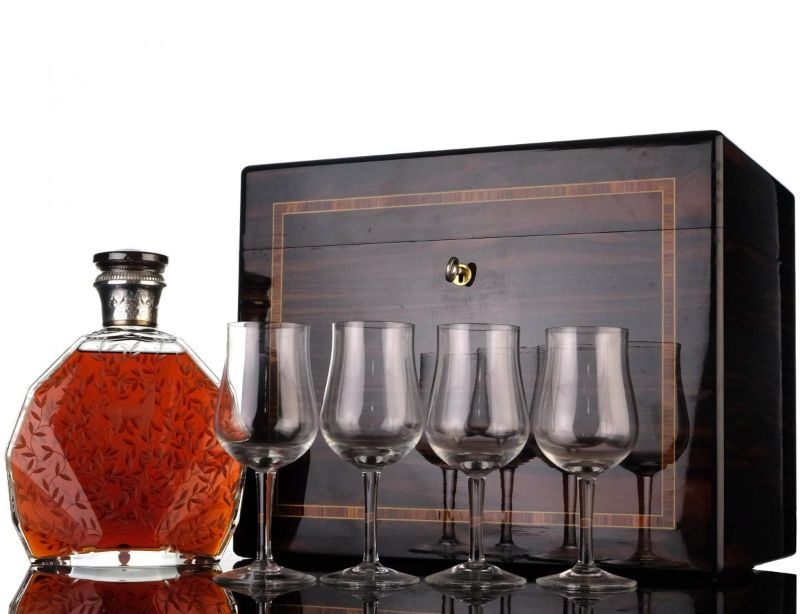 Exquisite And Fine Spirits To Pair With A Premium Cigar fine spirits Exquisite And Fine Spirits To Pair With A Premium Cigar Exquisite And Fine Spirts To Pair With A Premium Cigar 2