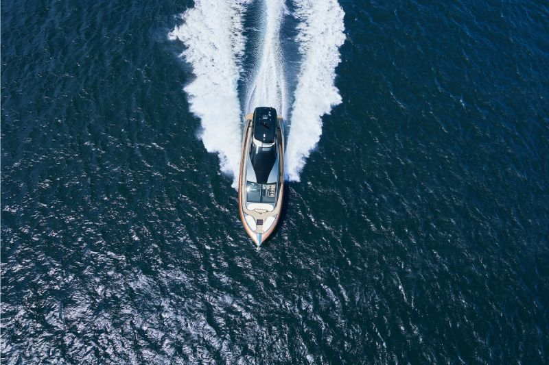 Lexus LY 650 Superyacht: A Marriage Among Italian and Japanese Styles superyacht Lexus LY 650 Superyacht: A Marriage Among Italian and Japanese Styles Lexus LY 650 Superyacht A Marriage Among Italian and Japanese Styles 8