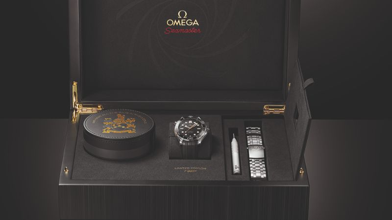 Here Is The New Omega Modern Watch: A Tribute To James Bond modern watch Here Is The New Omega Modern Watch: A Tribute To James Bond Omega Seamaster Diver 300M James Bond Limited Edition 1