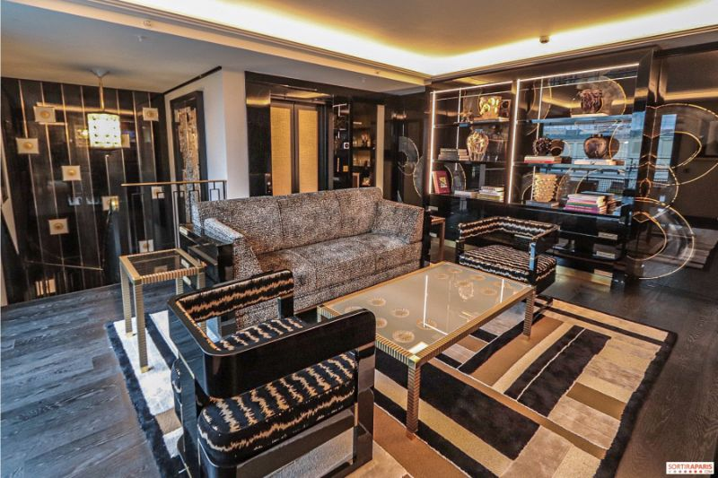 Inside The Most Expensive And Luxury Suite In Paris luxury suite Inside The Most Expensive And Luxury Suite In Paris 491761 le suite lalique by patrick hellmann au prince de galles paris les photos 8