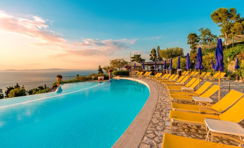 luxury hotel Take A Look At These 10 Stunning Luxury Hotel's Infinity Pools Caesar Augustus pool 3