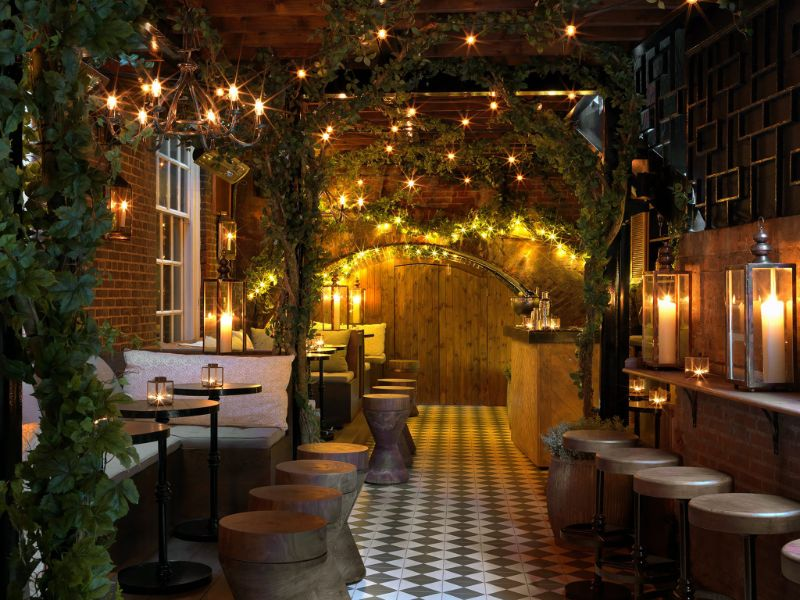 Have a Toast At One of These London's Cocktail Bars! cocktail bars Have a Toast At One of These London's Cocktail Bars! The Bloomsbury Club Bar Bloomsbury 2