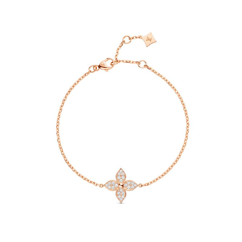 The Star Blossom Collection - Fine Jewelry By Louis Vuitton louis vuitton Louis Vuitton's Exquisite Star Blossom Jewellery Collection The Star Blossom Collection Fine Jewelry By Louis Vuitton 4