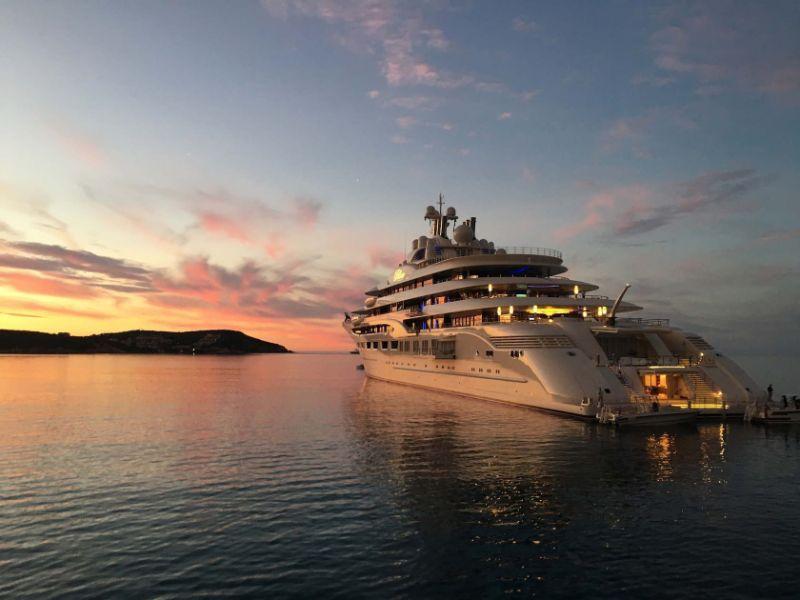 10 Unique Superyachts, 10 Symbols Of Luxury superyachts 10 Unique Superyachts, 10 Symbols Of Luxury dilbar1