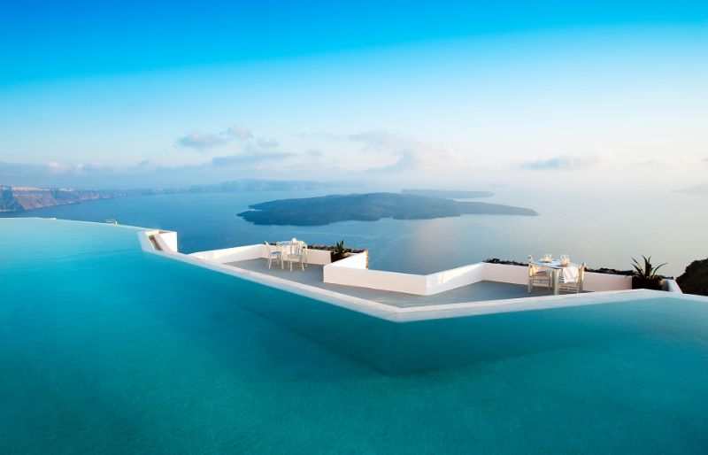 luxury hotel Take A Look At These 10 Stunning Luxury Hotel's Infinity Pools santorini grace 99201