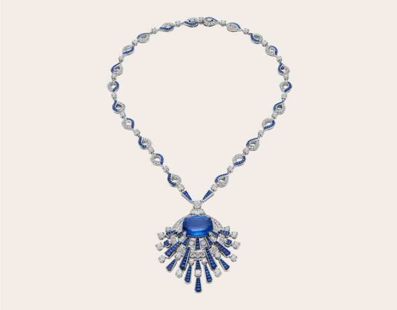 Classic Blue Brings A Sense Of Luxury To These Unique Jewerly Pieces classic blue Classic Blue Brings A Sense Of Luxury To These Unique Jewerly Pieces Blue Rays Necklace 262512 Bvlgari
