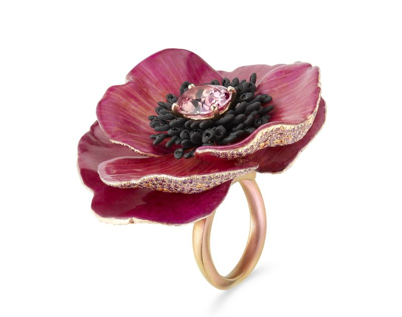 Innovative Artful Concepts: Here Are The Best Jewelry Pieces Of 2019 best jewelry pieces Innovative Artful Concepts: Here Are The Best Jewelry Pieces Of 2019 Boucheron   s petal ring 2