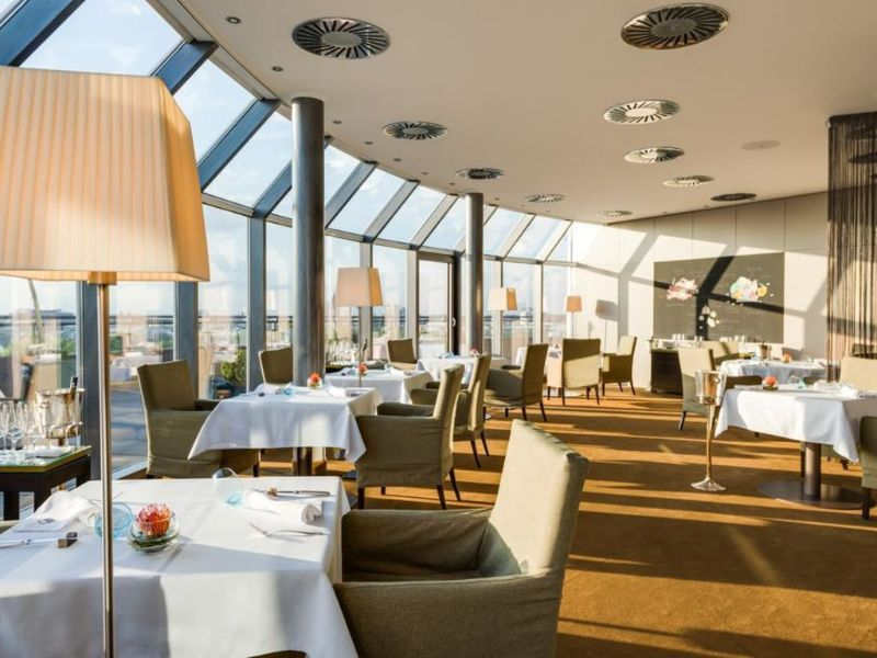 Where To Stay In Germany: The 5 Best Luxury Hotels In Cologne luxury hotels Where To Stay In Germany: The 5 Best Luxury Hotels In Cologne Hotel Im Wasserturm 1