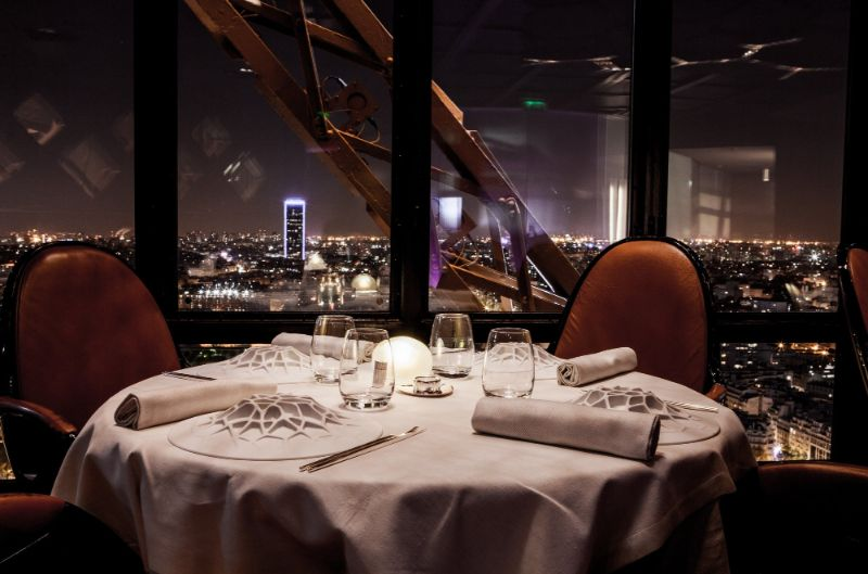 Where To Eat In Paris: 10 Luxury Restaurants In The City Of Lights luxury restaurants Where To Eat In Paris: 10 Luxury Restaurants In The City Of Lights Le Jules Verne Eiffel Tower