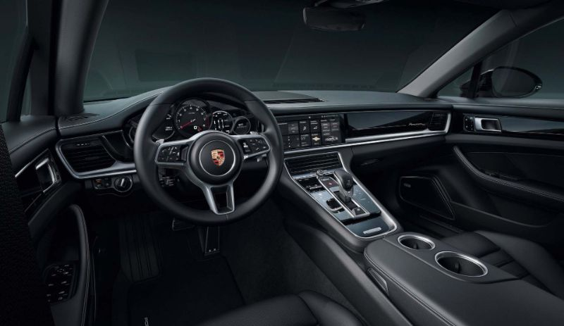 The New Panamera 10 Years Edition - The Supercar Of The Moment panamera The New Porsche Panamera 10 Years Edition: The Supercar Of The Moment The New Panamera 10 Years Edition The Supercar Of The Moment 1