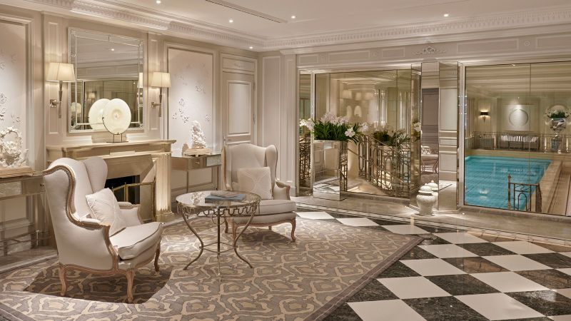 Where To Stay During Maison et Objet 2020: 10 Luxury Hotels In Paris luxury hotels Where To Stay During Maison et Objet 2020: 10 Luxury Hotels In Paris Four Seasons Hotel George V Paris