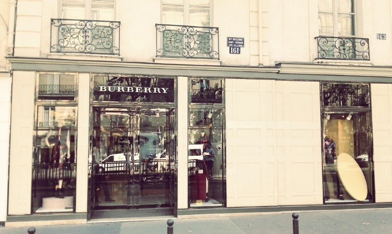 Where To Shop In Paris: The 10 Best Luxury Stores luxury stores Where To Shop In Paris: The 10 Best Luxury Stores PARIS in 100       The 10 Top Best Luxury Stores 7