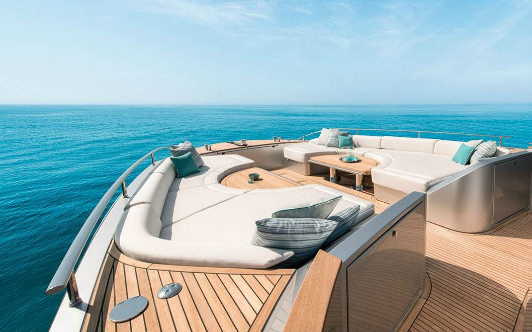 Exclusive Elegance And Unique Giorgetti Style Inside MCY76 Superyacht