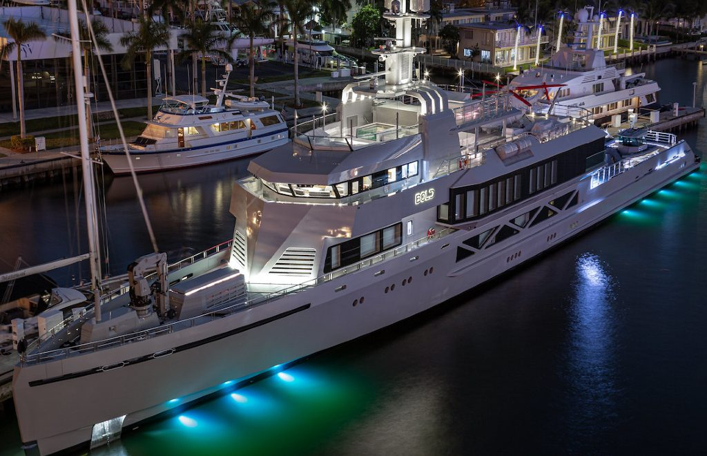 2020 Miami Yacht Show Highlights: The 10 Best Modern Superyachts