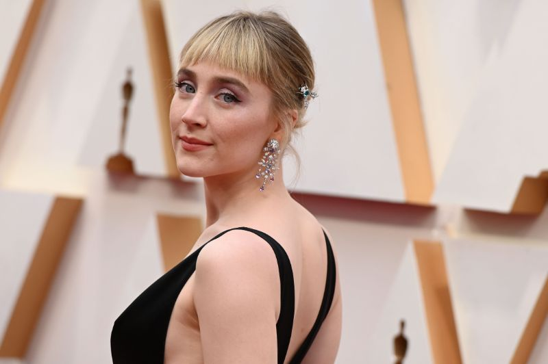 Oscars 2020: The 10 Best Jewelry Pieces From The Red Carpet oscars 2020 Oscars 2020: The 10 Best Jewelry Pieces From The Red Carpet irish actress saoirse ronan arrives for the 92nd oscars at news photo 1581294288