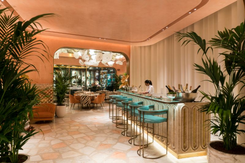 Dubai's Top 10 Luxury Restaurants For One Thousand and One Experiences luxury restaurants Dubai's Top 10 Luxury Restaurants For One Thousand and One Experiences Flamingo Room by tashas