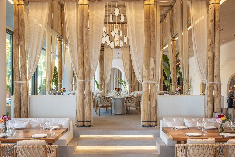 Dubai's Top 10 Luxury Restaurants For One Thousand and One Experiences luxury restaurants Dubai's Top 10 Luxury Restaurants For One Thousand and One Experiences Nammos
