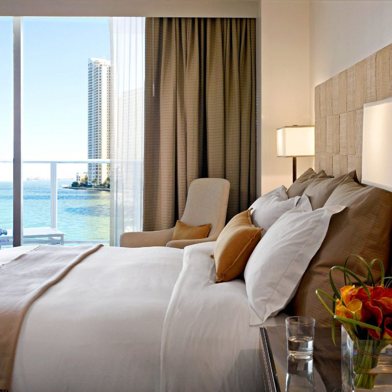 Five Impressive And Expensive Hotels Owned By High Fashion Brands expensive hotels Five Impressive And Expensive Hotels Owned By High Fashion Brands The Raleigh Miami Florida 3