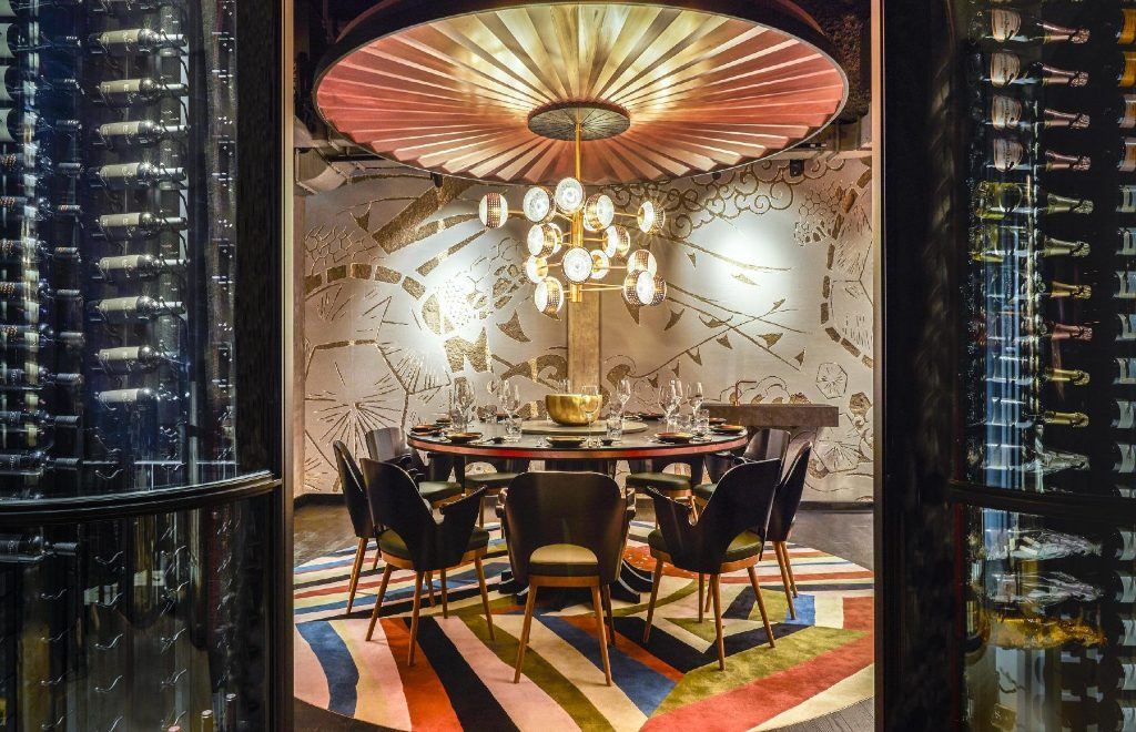 Inside Jin Gui Luxury Restaurant: A Contemporay Concept by Joyce Wang