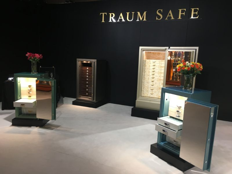 A Legacy Of Luxury: Elegant And Unique Safes by Traum Safe​ traum safe A Legacy Of Luxury: Elegant And Unique Safes by Traum Safe​ 1bcbd5 978cdfcd48554c088a66628d0ebe2187 mv2 d 800 600 s 4 2