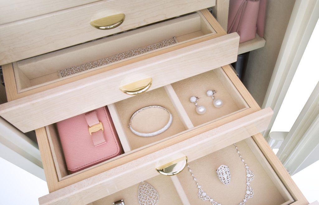The Gem Luxury Jewelry Safes: Symbols Of High Quality By Brown Safe