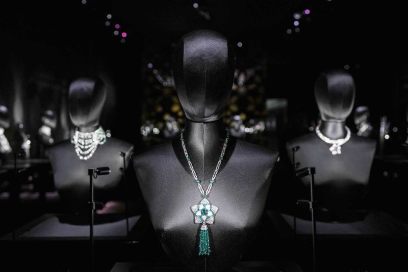 Honoring A Rich Heritage Of The UAE: Bulgari's New Jewelry Collection bulgari Bulgari's New Jewellery Collection Honours UAE's Rich Heritage jannah exhibition 3
