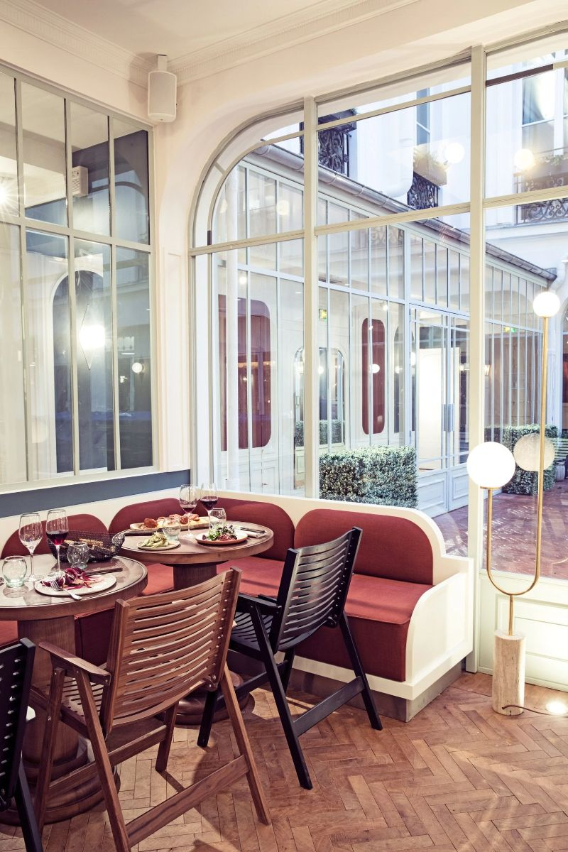 Chzon's Sumptuous and Upscale Resturant Designs