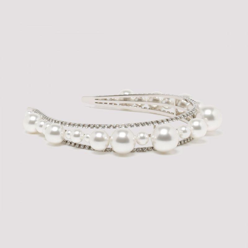 Fine Craftsmanship & Luxury Design: Unique Jewelry Pieces By Givenchy givenchy Fine Craftsmanship & Luxury Design: Unique Jewelry Pieces By Givenchy ARIANA HEADBAND IN PEARLS AND CRYSTALS 1