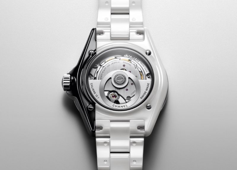 Get Impressed By The New Chanel Contemporary Fine-Watch Designs chanel Get Impressed By The New Chanel Contemporary Fine-Watch Designs H6515 Chanel J12 PARADOXE 2
