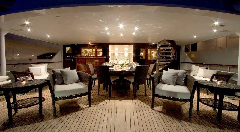 Inside The 53M Luxury Yacht: An Avant-Garde Design By Peter Mikic peter mikic Inside The 53M Luxury Yacht: An Avant-Garde Design By Peter Mikic Inside The 53M Luxury Yacht An Avant Garde Design By Peter Mikic 6