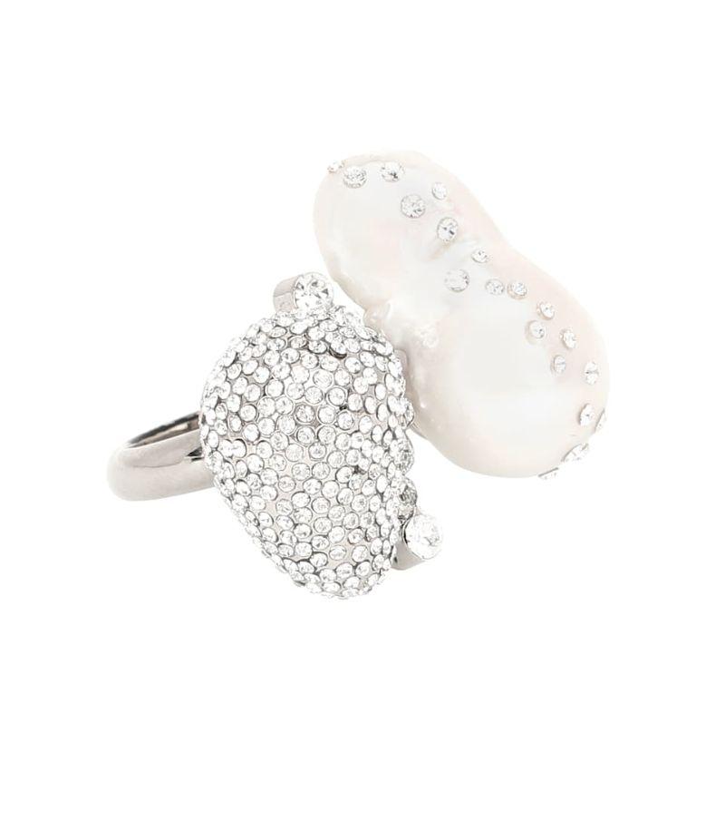Fine Craftsmanship & Luxury Design: Unique Jewelry Pieces By Givenchy givenchy Fine Craftsmanship & Luxury Design: Unique Jewelry Pieces By Givenchy RING IN BRASS CRYSTALS AND PEARLS