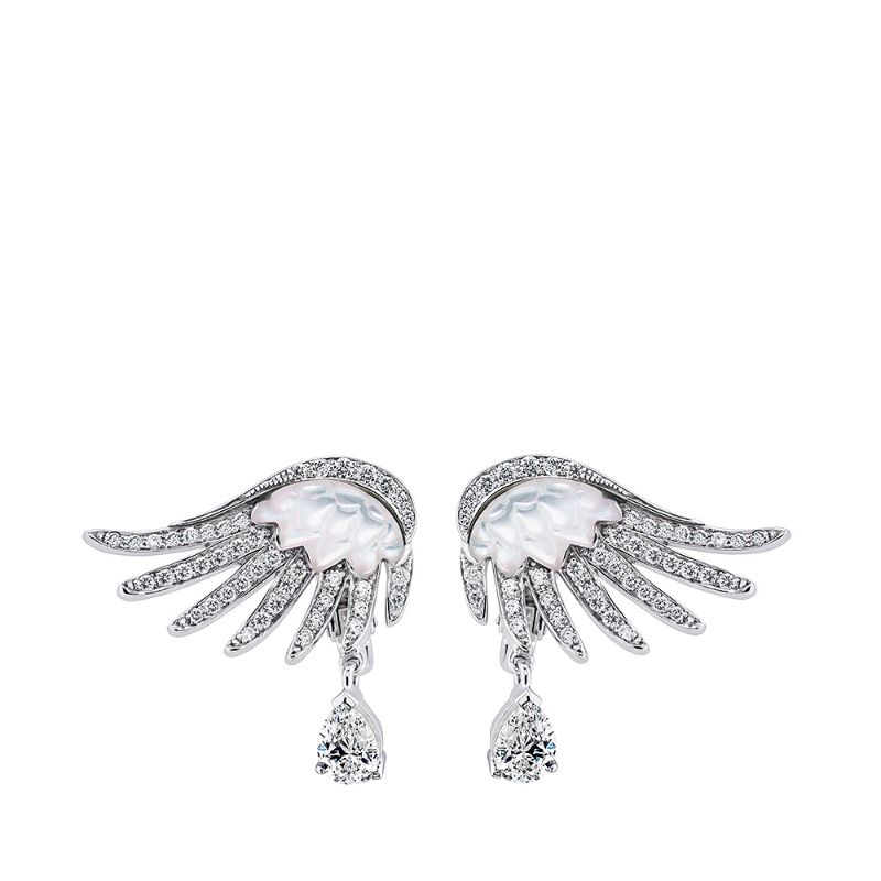 Glamour At Its Best: Lalique's Imposing Fine Jewelry Pieces For Women lalique Glamour At Its Best: Lalique's Imposing Fine Jewelry Pieces For Women VESTA EARRINGS LARGE