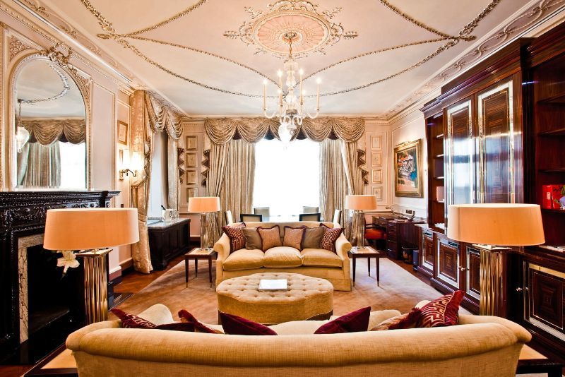 An Ode To Elegance In London: Inside The Connaught Luxury Hotel the connaught An Ode To Elegance In London: Inside The Connaught Luxury Hotel 7