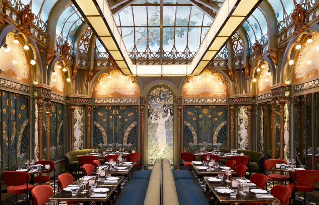 The Beefbar Paris By Humbert et Poyet: An Ode To Art Noveau Style