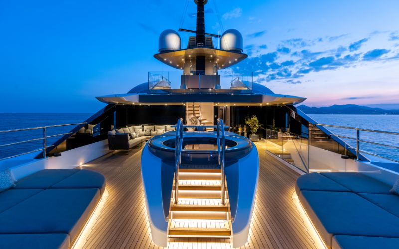 The Singular Solo Superyacht: The Future Of Sustainable Yacht Design superyacht The Singular Solo Superyacht: The Future Of Sustainable Yacht Design The Singular Solo Superyacht The Future Of Sustainable Yacht Design 8
