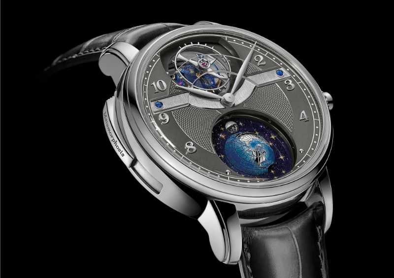 Discover 10 Luxury Timepieces With Unique And Marvelous Features timepieces Discover 10 Luxury Timepieces With Unique And Marvelous Features star metamorphosis montblanc