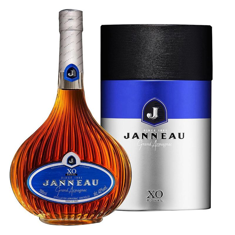 Rich In History And Flavor: The Armagnac - The Best French Brandy armagnac Rich In History And Flavor: The Armagnac – The Best French Brandy Janneau XO Armagnac 700ml