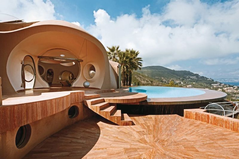 From London To Texas: The 10 Most Expensive Homes In The World expensive homes From London To Texas: The 10 Most Expensive Homes In The World Pierre Cardin   s Bubble Palace France