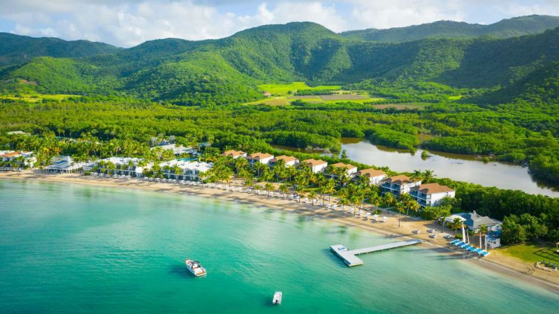 10 Caribbean Resorts For Your Luxurious Fall Getaways caribbean resort 10 Caribbean Resorts For Your Luxurious Fall Getaways Carlisle Bay 2