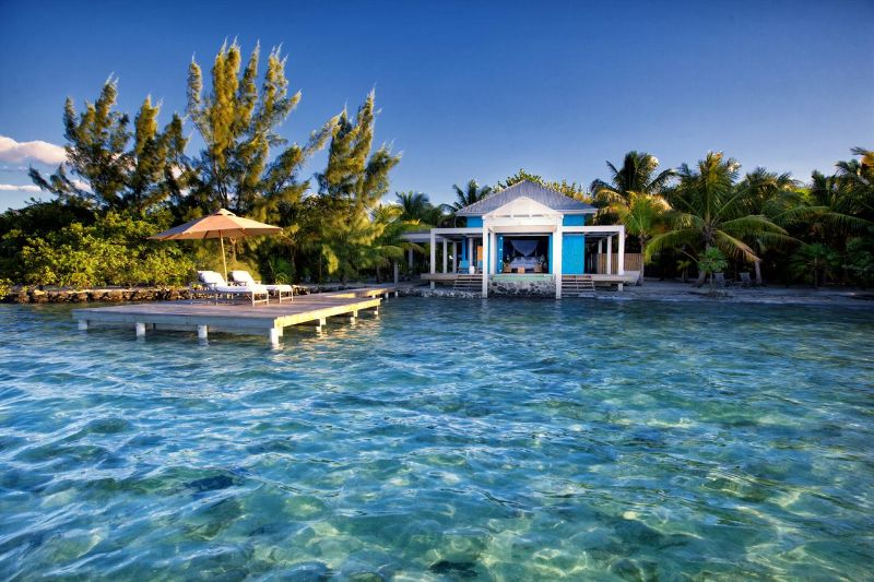 10 Caribbean Resorts For Your Luxurious Fall Getaways caribbean resort 10 Caribbean Resorts For Your Luxurious Fall Getaways Cayo Espanto Belize 2
