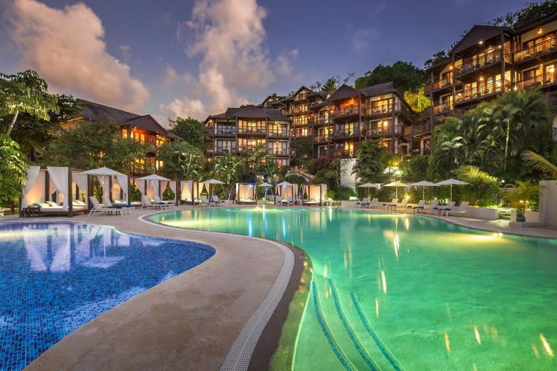 10 Caribbean Resorts For Your Luxurious Fall Getaways caribbean resort 10 Caribbean Resorts For Your Luxurious Fall Getaways Marigot Bay Resort and Marina 2