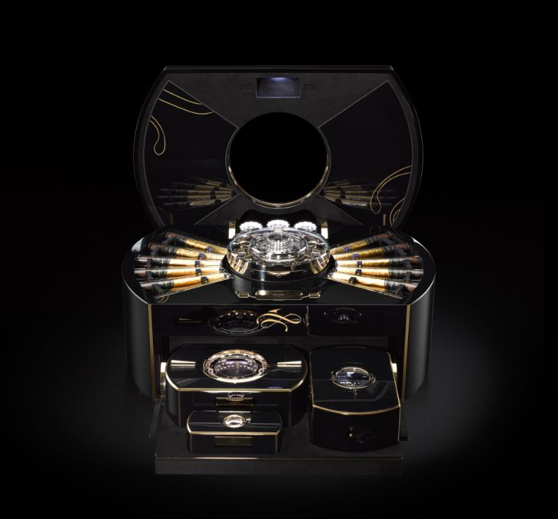 Top 10 Cigar Humidors That You Need to Know cigar humidor Top 10 Cigar Humidors That You Need to Know 7 1