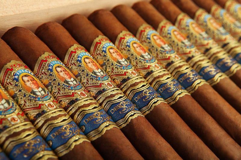 The Most Expensive Cigars expensive cigar The Most Expensive Cigars Fuente Don Arturo AnniverXario