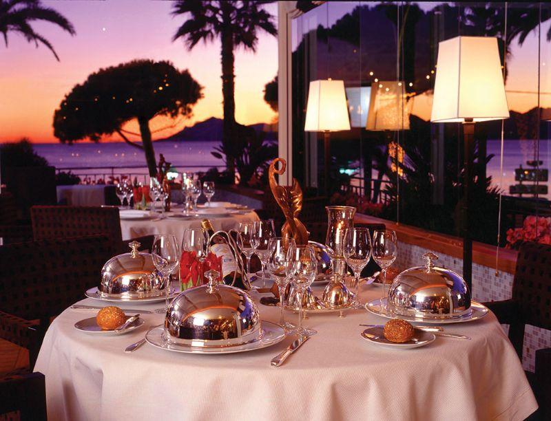 Top 5 Most Luxury Restaurants in Cannes luxury restaurant Top 5 Most Luxury Restaurants in Cannes 089 la palme dor michelin1
