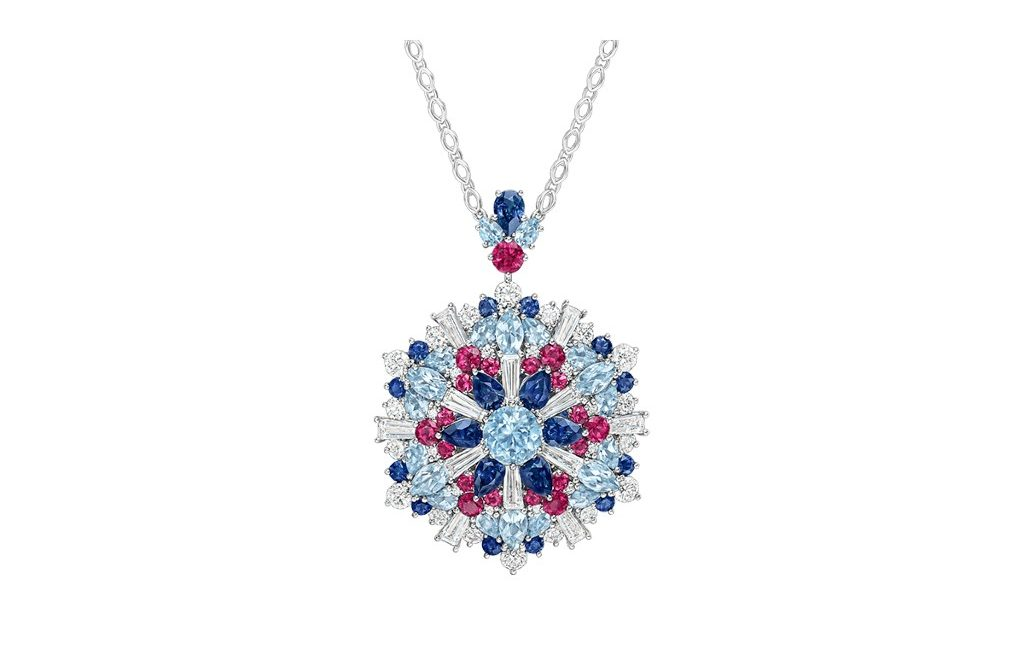 Luxury Jewellery Designs To Endulge In This Holiday Season